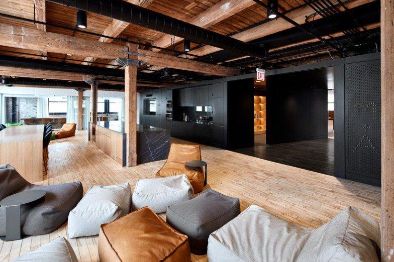 arquitetos-desenvolvem-espacoso-escritorio-em-chicago