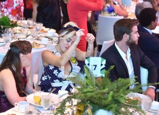 Miley Cyrus e Liam Hemsworth (Foto: The Grospy Group)
