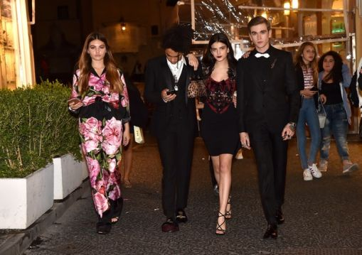 millennials_night_out_in_capri_on_oct_20_2016_5