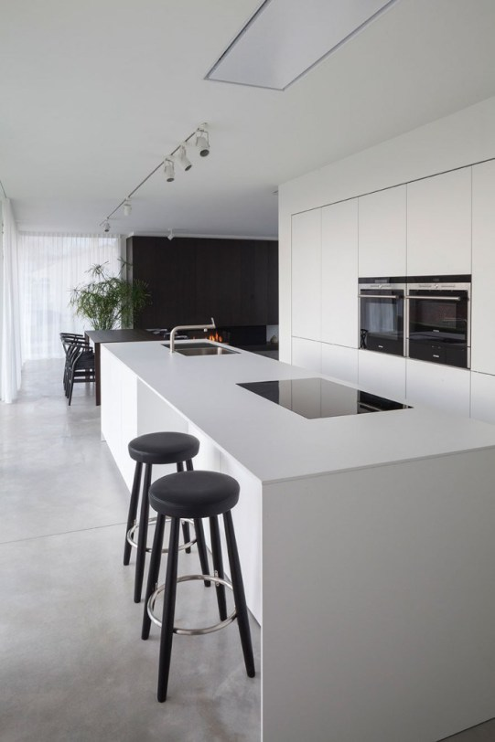 s7_villa_cd_oostduinkerke_office_o_architects_photo_tim_van_de_velde_yatzer-682x1024-1