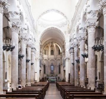 Basílica de Santa Cruz em Florença, na Itália Foto: Giovanni Ciprian/The New York Times