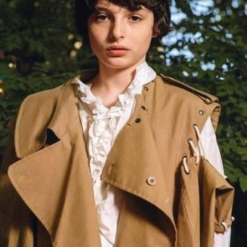 Novamente de Burberry, nessa foto com um casaco Craig Green