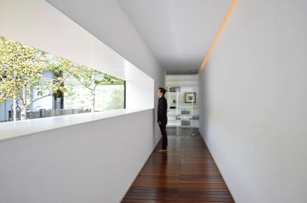 casa-mk-roof-morelia-mexico-house-retina_dezeen_936_16