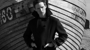 eddie-redmayne-by-greg-williams-for-esquire-uk-december-2016-1