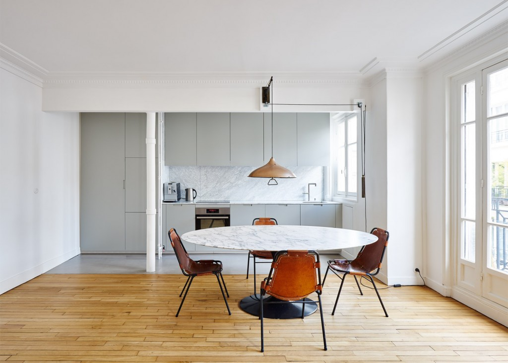 hubert-septembre-apartment-renovation-paris_dezeen_1568_4-1024x731.jpg