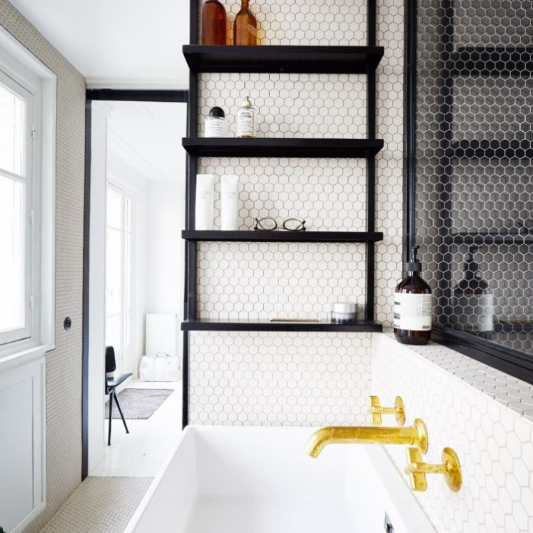 hubert-septembre-apartment-renovation-paris_dezeen_936_1-768x1024