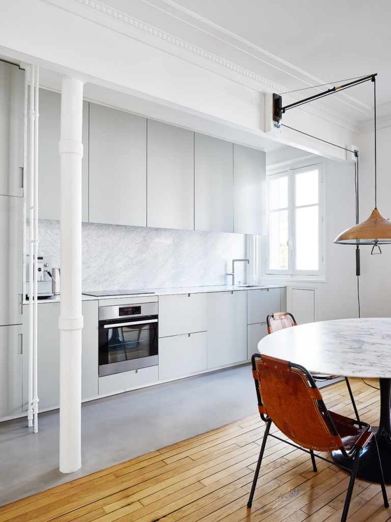 hubert-septembre-apartment-renovation-paris_dezeen_936_10-768x1024