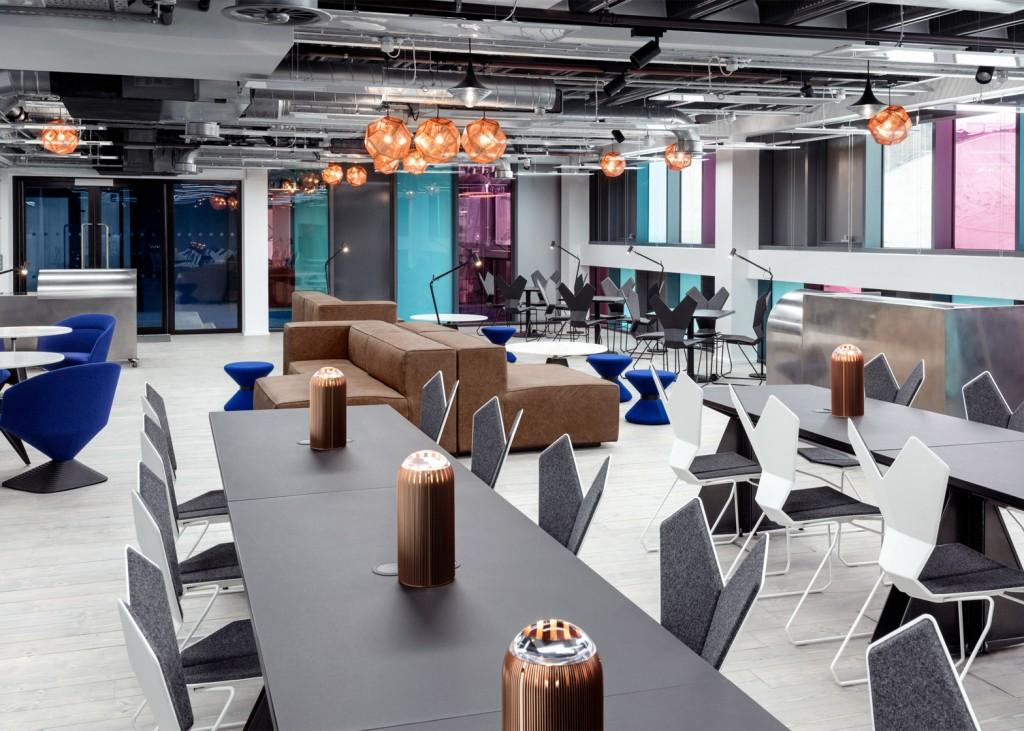 interchange-atrium-interior-co-working-tom-dixon-camden-london-uk-peer-lindgreen_dezeen_1568_0-1024x731.jpg