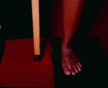 """E """"Luanda's feet"""", de Rosangela Renno. E aí, curtiu?"""