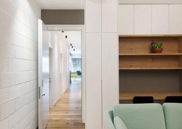 family-apartment-studio-raanan-stern_dezeen_2364_ss_9-1024x732