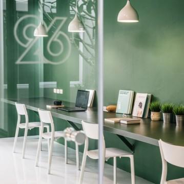 green-26-anonymstudio-workspace-lounge-bangkok-thailand_dezeen_936_2-683x1024