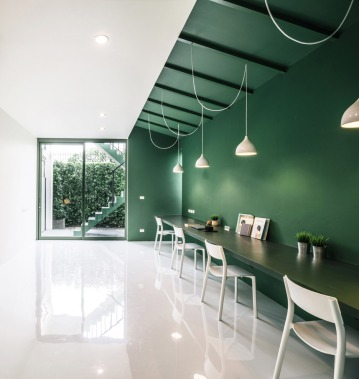 green-26-anonymstudio-workspace-lounge-bangkok-thailand_dezeen_936_3
