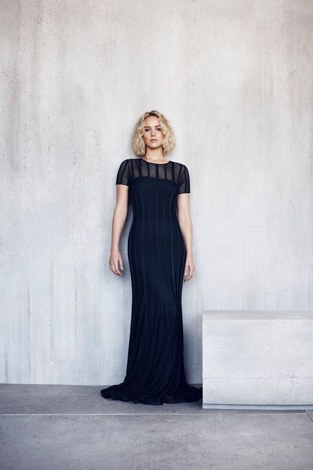 jennifer-lawrence-photo-shoot-for-dior-2016-8.jpg