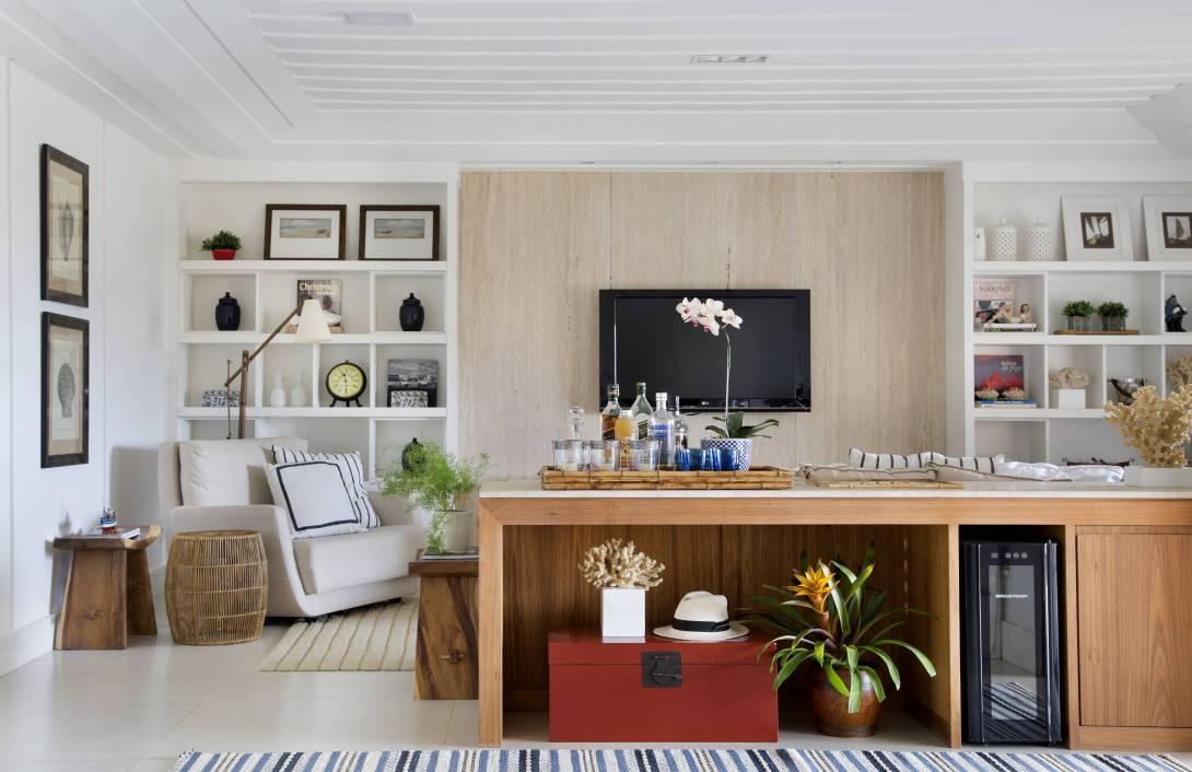 1-casa-em-buzios-foi-inspirada-no-glamour-nautico-dos-hamptons-sala (1).jpg
