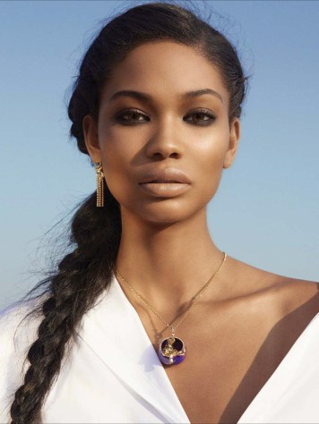 emirates-woman-january-2017-chanel-iman-by-louis-christopher-02