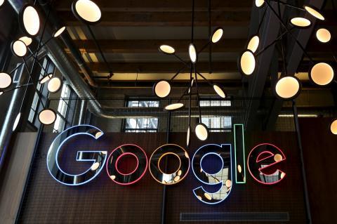 2016-01-31-google-domain-nev_0