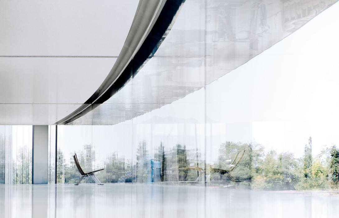 26-Apple-Park-interior