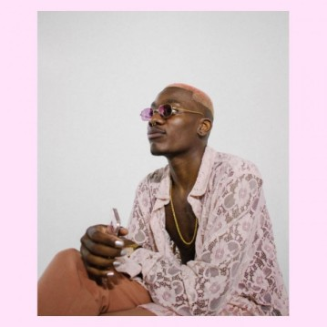 Camisa de renda e óculos - think pink!