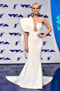 Katy Perry musa de branco Stephane Rolland