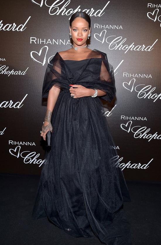 Rihanna-Cannes-Film-Festival-Chopard-Dinner-Red-Carpet-Fashion-Ralph-Russo-Tom-Lorenzo-Site-4.jpg