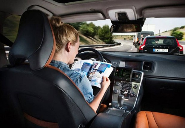 volvo_selfdrive-car.jpg