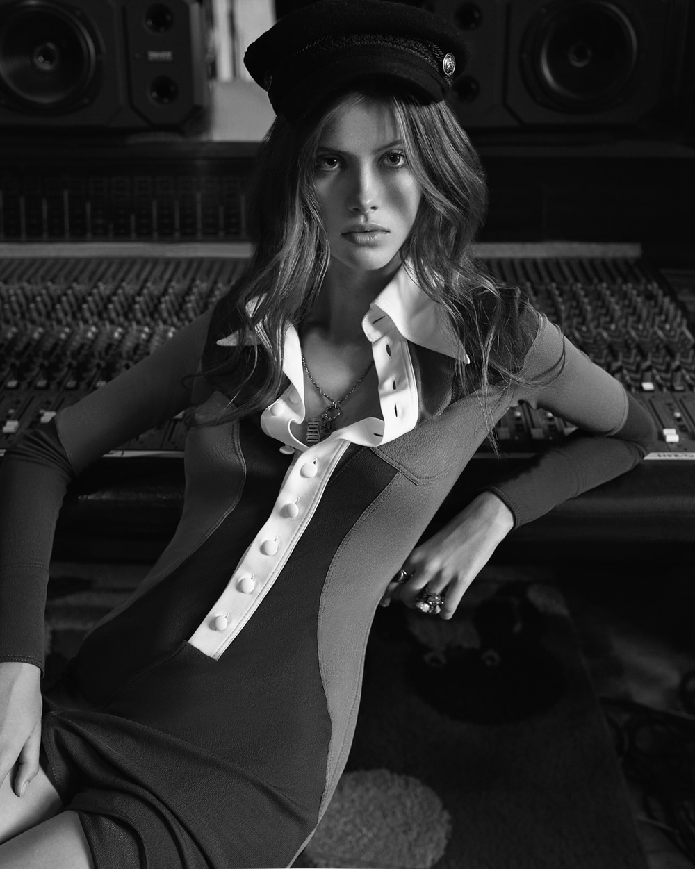 Barbora-Podzimkova-Harpers-Bazaar-Czech-Andreas-Ortner-1