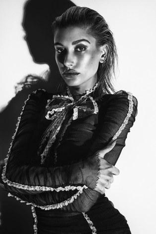 Fashion-Magazine-Hailey-Baldwin-Richard-Bernardin-3
