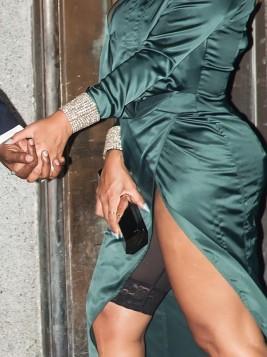 Beyoncé na saída da festa de Rihanna (Foto: Getty Images)