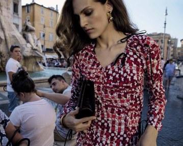 Vogue-Italia-September-2017-Saskia-de-Brauw-Othilia-Simon-Inez-Vinoodh-1