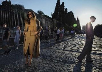 Vogue-Italia-September-2017-Saskia-de-Brauw-Othilia-Simon-Inez-Vinoodh-4-2