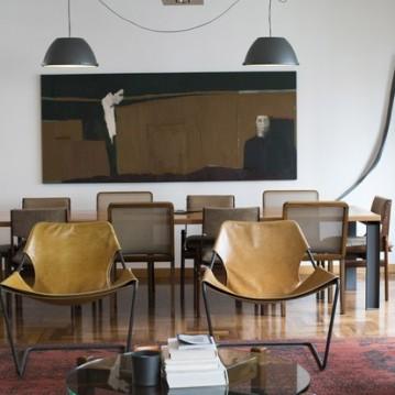O quadro preferido de Marina Person tem destaque na sala (Foto: Camila Guerreiro)