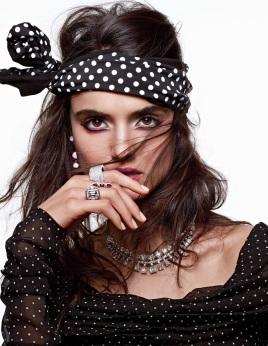 Vogue Arabia December 2017 - 2