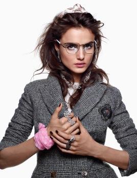 Vogue Arabia December 2017 - 4