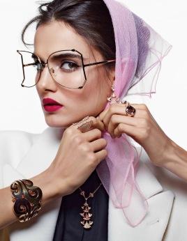 Vogue Arabia December 2017 - 5