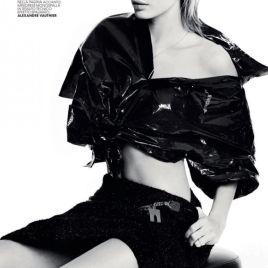 hailey-baldwin-fashion-editorial07918b36ff423f13bffb6ed4a7a0fb4fe0_thumb