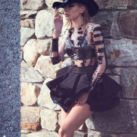 hailey-baldwin-fashion-editorial09d3bcfd1f652f76e331fc830c94c849de_thumb