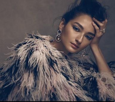 Vogue-Mexico-February-2018-Bruna-Tenorio-Mark-Veltman-1