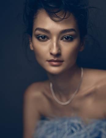 Vogue-Mexico-February-2018-Bruna-Tenorio-Mark-Veltman-5