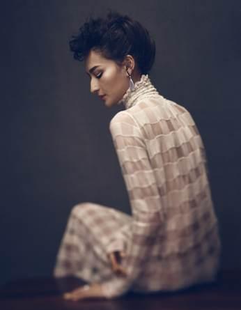 Vogue-Mexico-February-2018-Bruna-Tenorio-Mark-Veltman-6