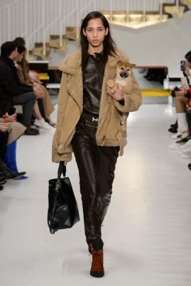 Desfile da Tod's na semana de moda de Milão (Foto: Imaxtree)
