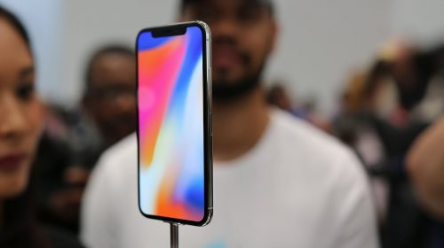 apple-iphone-x-first-look-500x280