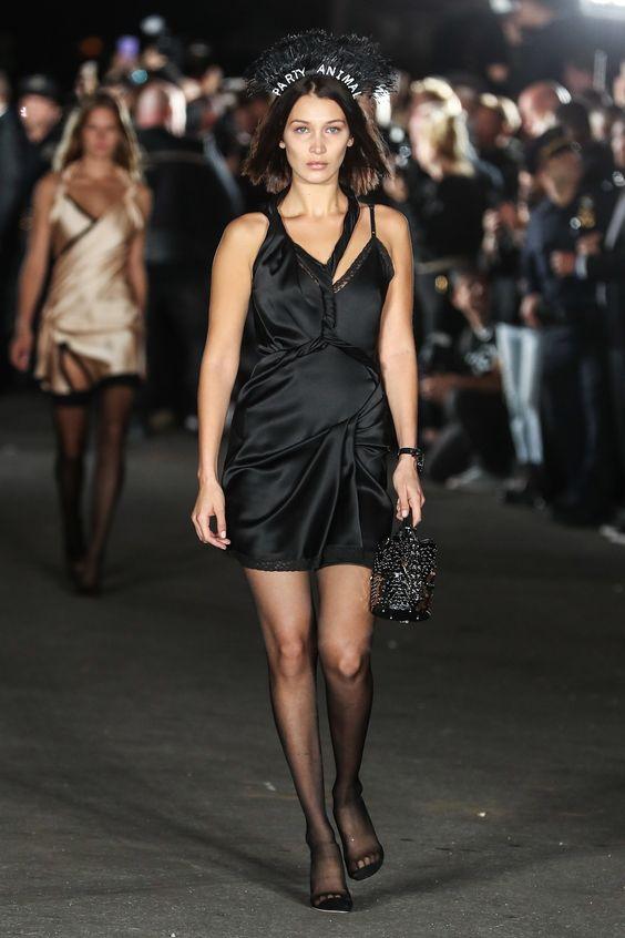 Bella-Hadid-Fashion-Week-Spring-2018.jpg