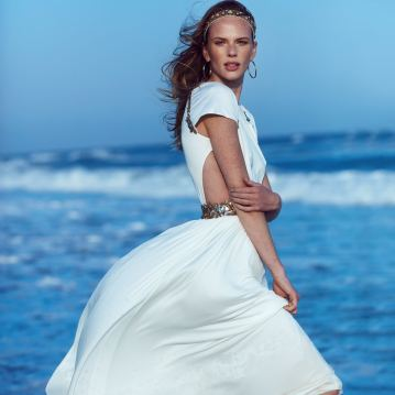 Harpers-Bazaar-Chile-Summer-2018-Anne-Vyalitsyna-Pedro-Quintana-1