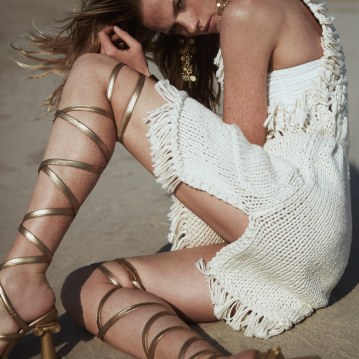 Harpers-Bazaar-Chile-Summer-2018-Anne-Vyalitsyna-Pedro-Quintana-6