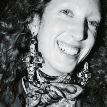 Lorna-Foran-by-Marton-Perlaki-for-Zeit-Magazine-10
