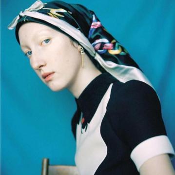 Lorna-Foran-by-Marton-Perlaki-for-Zeit-Magazine-8