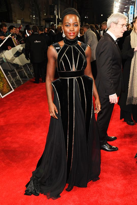 Lupita-Nyongo-Black-Panther-2018-BAFTA-Awards-Red-Carpet-Fashion-Elie-Saab-Couture-Tom-Lorenzo-Site-3.jpg