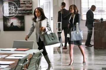 "SCANDAL Episode: ""Allow Me to Reintroduce Myself"" KERRY WASHINGTON, VIOLA DAVIS"