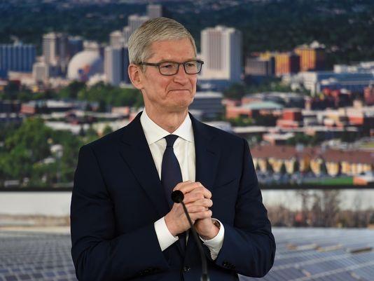 Tim Cook, CEO da Apple, durante uma recente visita a Reno (Nevada)