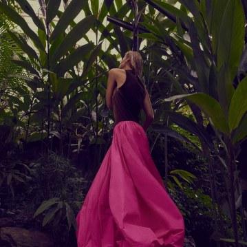 Valentino-Spring-Summer-2018-Daniela-Pestova-by-Andreas-Ortner-1-2